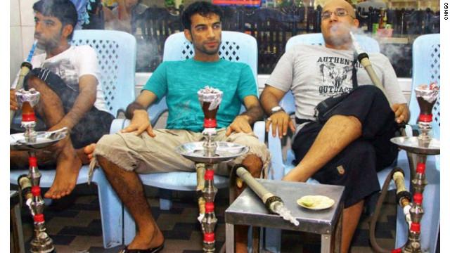 Fumar «shishas» es más dañino que fumar cigarrillo