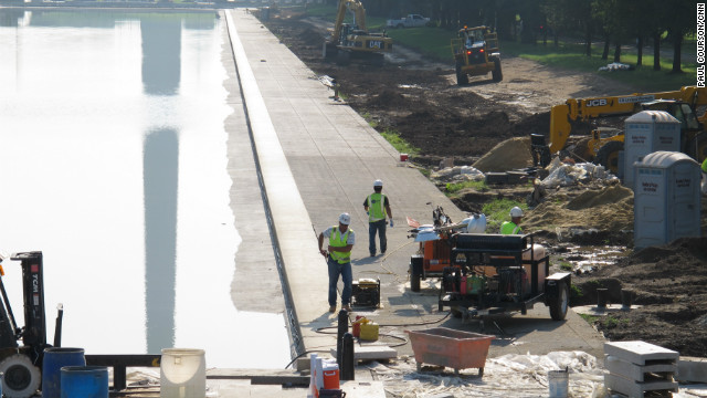 The $30.7 million Lincoln Memorial Reflecting Pool project was launched in November 2010 to address a leaking foundation and replace the circulation system. 