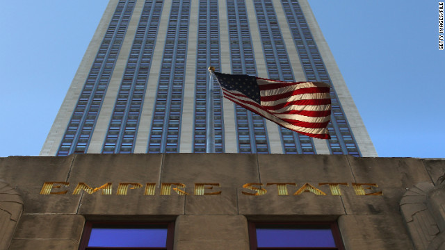 10 reported shot in front of Empire State Building