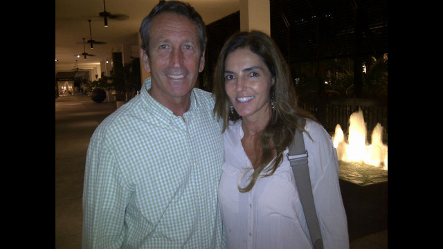 Mark Sanford says he and fianceé have broken up