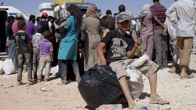 Más de 100.000 sirios huyeron de su país en agosto, según la ONU