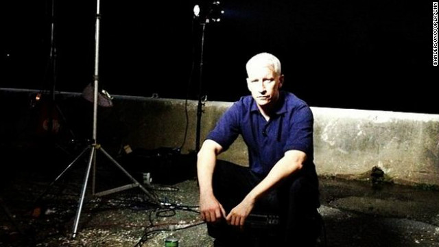 Anderson Cooper at the 17th street canal