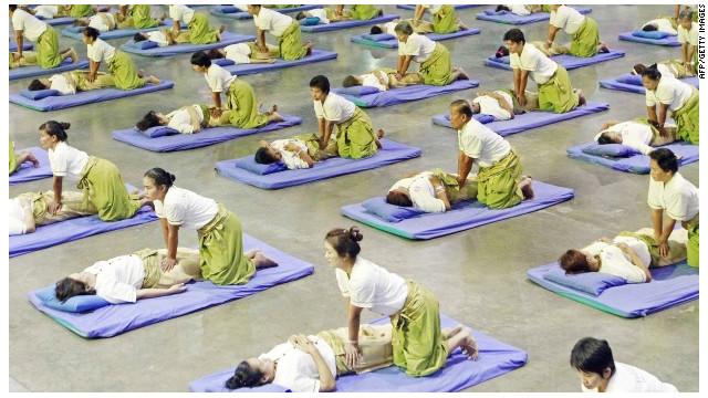 Tailandia rompe el récord mundial de masaje