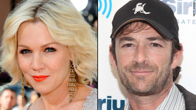 Overheard: Jennie Garth and Luke Perry are developing a sitcom