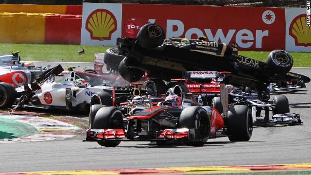 Jenson Button gana el GP de Bélgica y Vettel le recorta distancia a Alonso en la F1