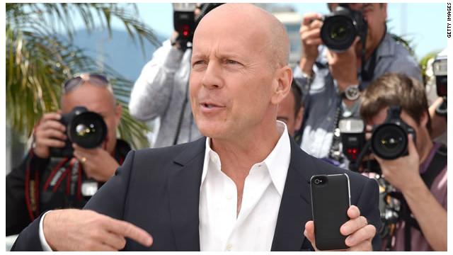 ¿Bruce Willis va a demandar a Apple?