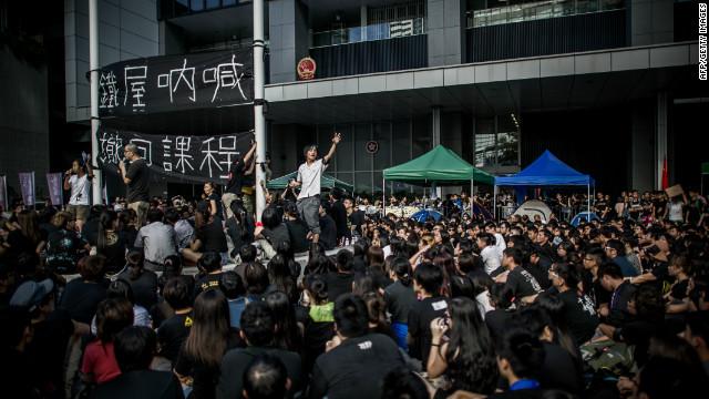 El año escolar en Hong Kong comienza con huelgas de hambre