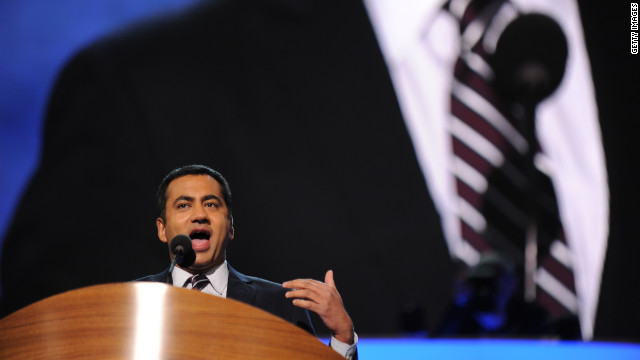 Kal Penn, actor and former associate director in the White House Office of Public Engagement, on Tuesday took a shot at Clint Eastwood's &quot;invisible chair&quot; improv -- from the Republican National Convention last week -- during his address to the DNC.