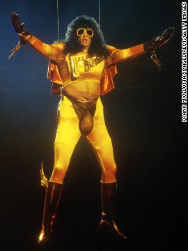 Howard Stern, dressed as &quot;Fartman,&quot; showed off his butt cheeks at the 1992 show in a pair of tight yellow pants with strategically placed cutouts. The audience got a good look at the radio personality's derriere when he was lowered onto the stage to present an award.