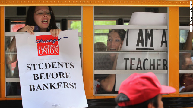 Need to Know News: Chicago teachers go on strike;  Member of Obama motorcade dies after accident