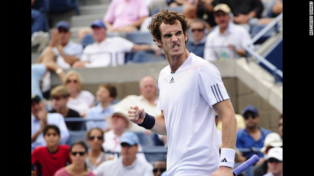  Murray celebrates after winning a point against Berdych on Saturday. 