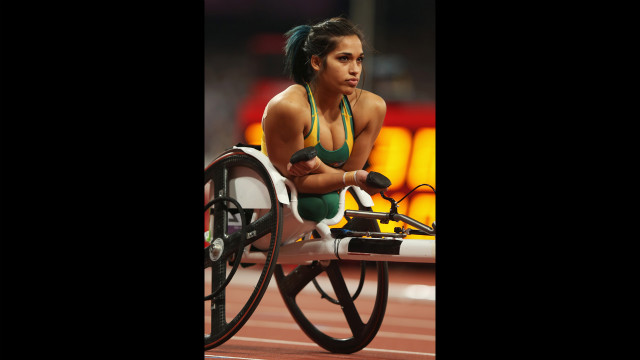 Australian Madison De Rozario looks on prior to the women's 400-meter T53 final on Saturday.