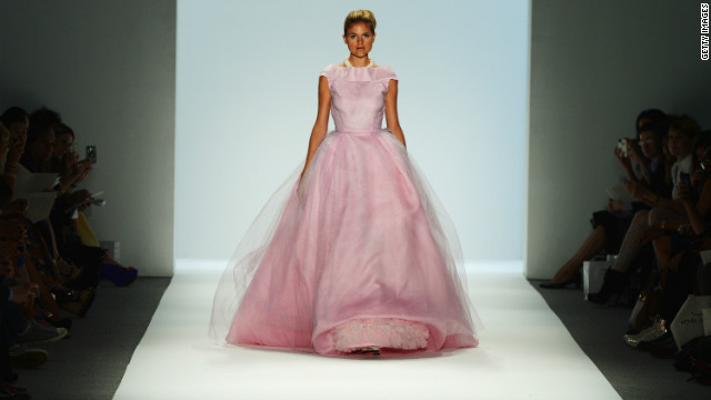 A model lookis pretty in pink at the Zang Toi show.