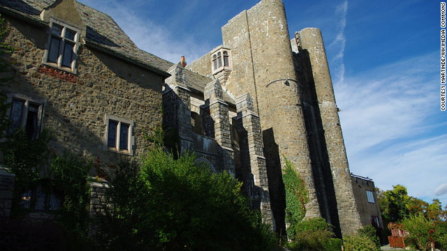 Hammond Castle in Gloucester, Massachusetts, served as both home and laboratory for prolific inventor John Hayes Hammond Jr. after it was completed in 1929. &lt;a href='http://www.budgettravel.com/slideshow/photos-12-amazing-american-castles,8851/' target='_blank'&gt;See more photos of the castles&lt;/a&gt;