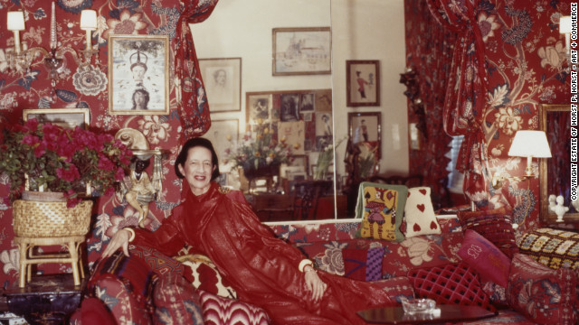 Diana Vreeland in her famous red living room, nicknamed &quot;a garden in hell.&quot;