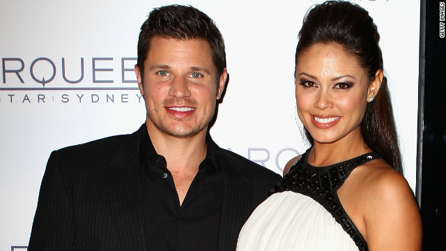 It's a boy for Nick and Vanessa Lachey