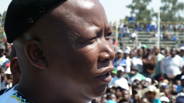 Malema announced to a crowd of striking workers at Gold Fields that: &quot;There must be a national strike in all the mines.&quot; 
