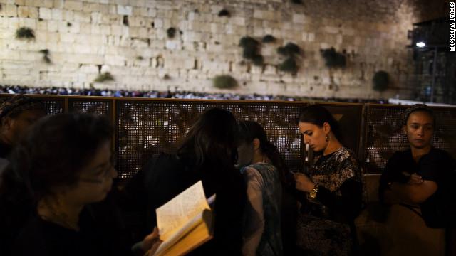 Internet intensifies Jewish squabbles over Israel, identity
