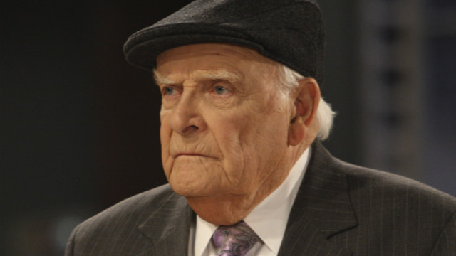 "Actor John Ingle, who played patriarch Edward Quartermaine on ABC's ""General Hospital,"" died September 15 at age 84."