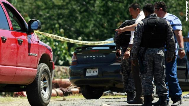 Policías comunitarios contra el crimen en México