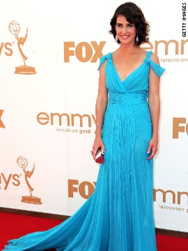"""How I Met Your Mother"" star Cobie Smulders wore this vibrant Alberta Ferretti number to the Emmy Awards in 2011."