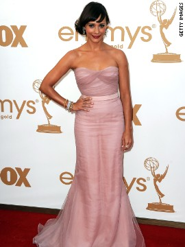 Rashida Jones donned a blush Alberta Ferrettiin number 2011.