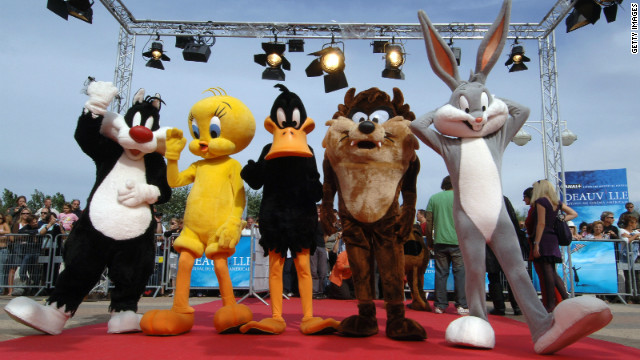 'Looney Tunes' reboot finds a writer