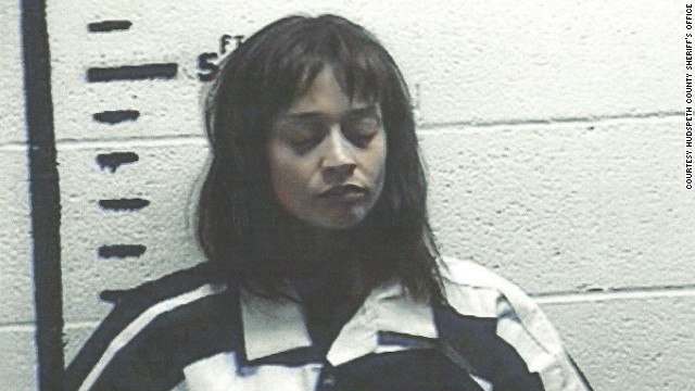 Border Patrol agents in Texas arrested singer Fiona Apple on September 18, saying they found marijuana and hashish on her tour bus.