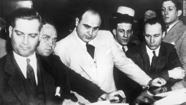 According to Sullivan, Capone played with stakes of $500 a hole and often played with fellow gangsters &quot;Machine Gun&quot; Jack McGurn, Fred &quot;The Killer&quot; Burke and Jake &quot;Greasy Thumb&quot; Guzik. 