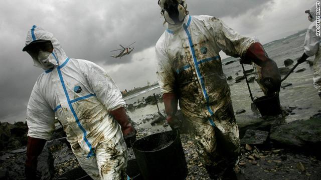 Imanes «absorbentes», una solución para limpiar derrames petroleros