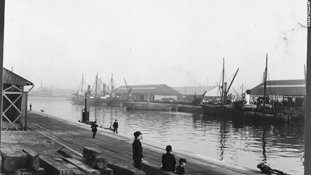 It has been suggested the rivalry between the cities of Manchester and Liverpool can be traced back to the construction of the Manchester Ship Canal. Tired of paying their dues to import through the Mersey estuary, Manchester merchants built their own waterway, leaving Liverpudlian dock workers disgruntled and out of pocket.