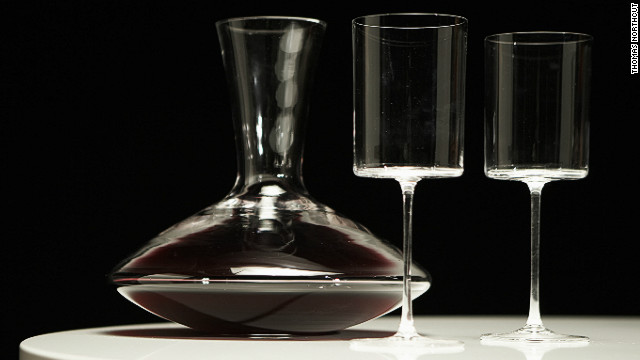 Sticking red wine in the blender - for science