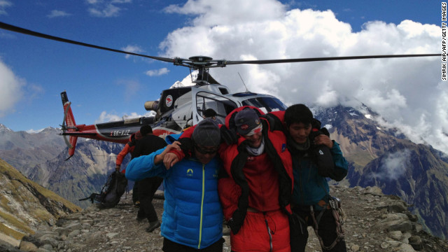 Need to Know News: 3 missing after avalanche in Nepal;  Presidential candidates prepare to take center stage