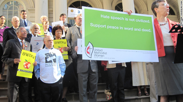 Interfaith group protests ad that says 'Support Israel. Defeat Jihad'
