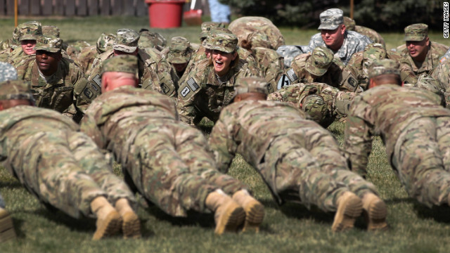 Military leaders: We&#039;re still too fat to fight