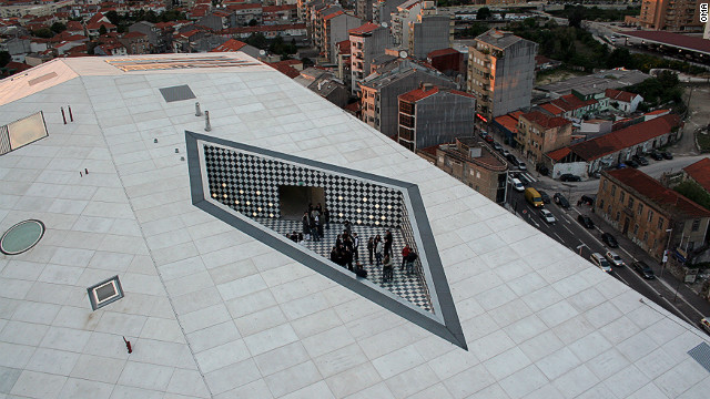 ... and a rooftop area uses black and white tiles.