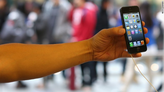 Apple investigará la muerte de una mujer presuntamente electrocutada por un iPhone 5