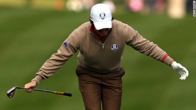 McIlroy takes a bow Thursday.