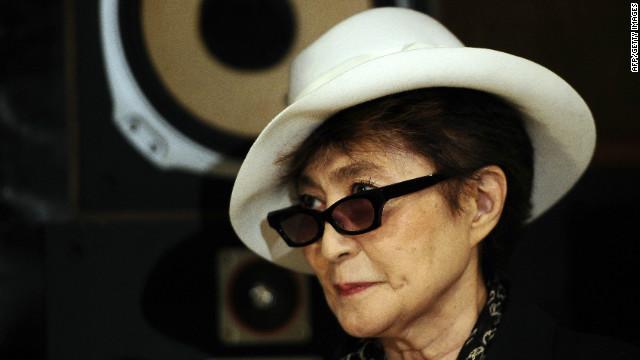Yoko Ono exhibirá dibujos creados por John Lennon en una galería de Nueva York