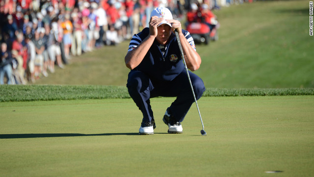 Steve Stricker of the United States lines up a putt on the 16th green during a match Sunday against Martin Kaymer of Germany.