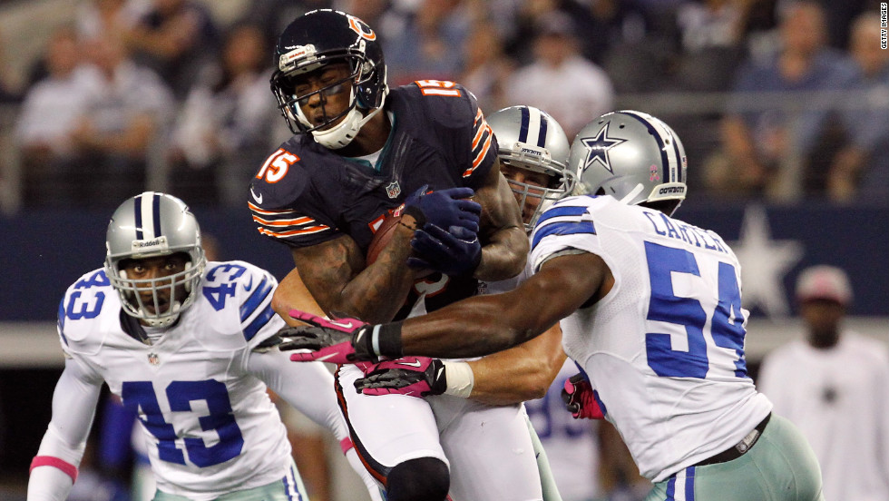 Brandon Marshall of the Chicago Bears makes a reception for a first down against the Dallas Cowboys on Monday, October 1, in Arlington, Texas. The Bears beat the Cowboys 34-18. <a href='http://www.cnn.com/2012/09/20/football/gallery/nfl-week-3/index.html' target='_blank'>Look back at the best of NFL Week Three.</a>