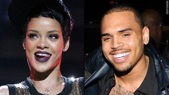 Rihanna posts cuddly pic with Chris Brown