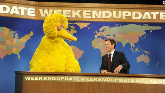 Big Bird stays up to pay a visit to 'SNL'