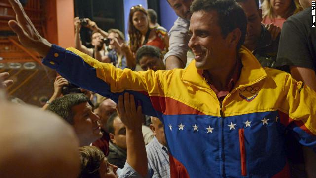 Los retos de Chávez: Violencia, economía y una oposición fortalecida