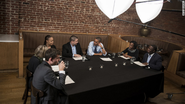 Obama takes supporters out to dinner