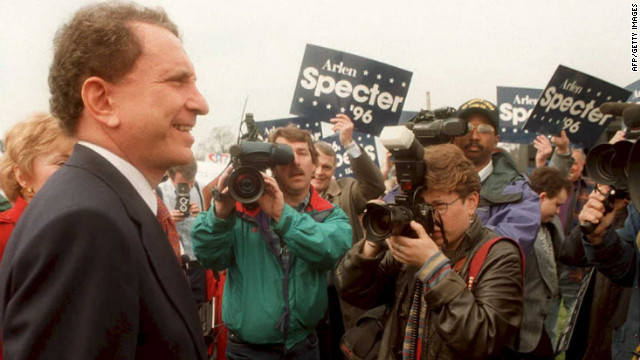 Specter is surrounded by photographers as he arrives at the Lincoln Memorial in Washington in March 1995, where he announced his candidacy for the 1996 presidential race.