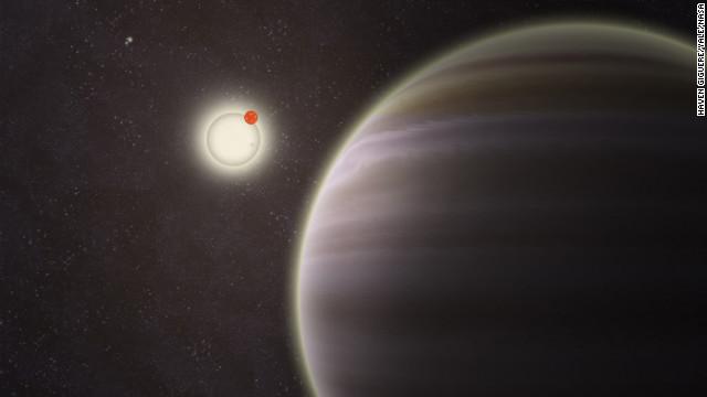 Astrónomos aficionados descubren el primer planeta con cuatro soles