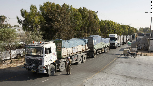 Trucks carrying supplies arrive in Rafah town, Gaza from Israel on June 16, 2010 during the embargo.