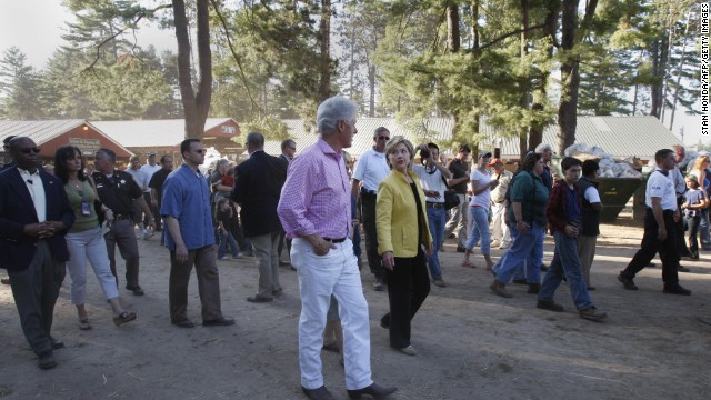 The Clintons pay a visit to the 92nd Annual Hopkinton State Fair on September 2, 2007, in Contoocook, New Hampshire.