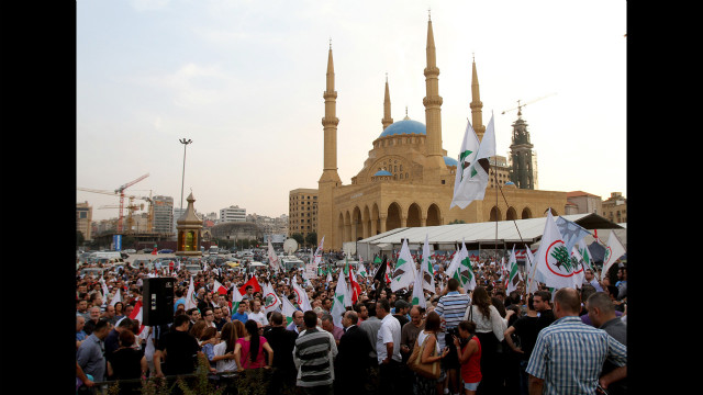 Sunday's anti-government protests came after a series of political speeches given to the crowd gathered in Beirut's central square.
